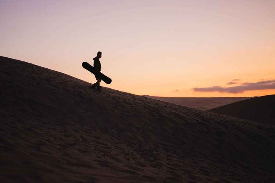 Huacachina-Peru-sand-boarding