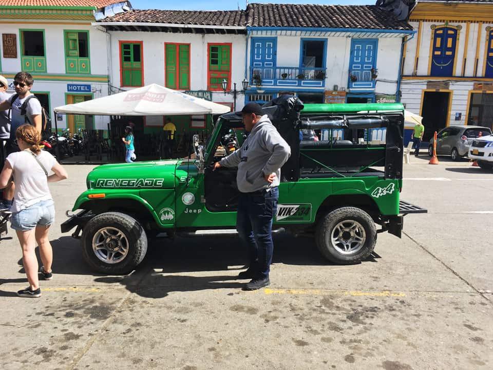 Cocora-Valley-jeep