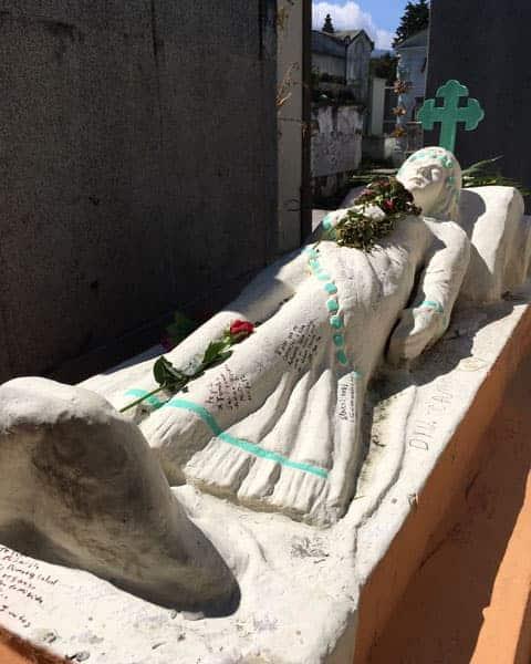 Xela-Cemetery-min