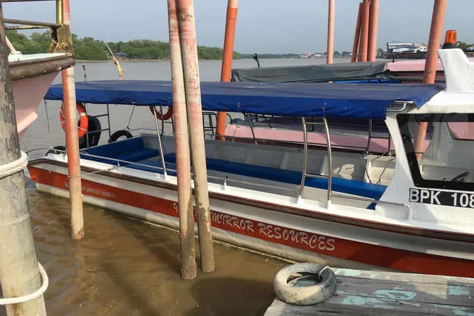 Sky-Mirror-Kuala-Selangor-Boat-Jetty