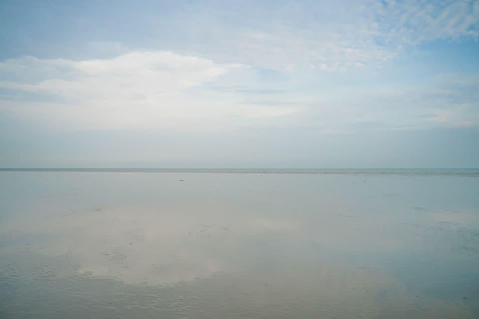 Sky-Mirror-Sasarn-Beach-Malaysia-min