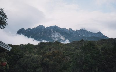 Guide To Climbing Mount Kinabalu: Tips & Essential Info