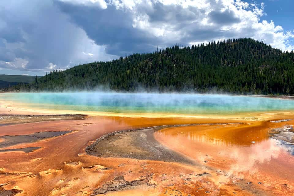 Grand-Prismatic-Spring-GPS-Yellowstone