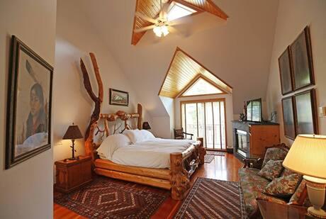 Airbnb in Banff Canada