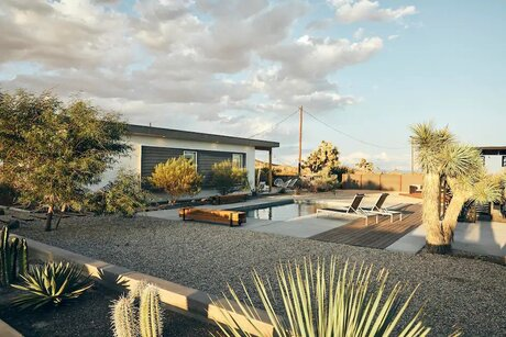 Luxury Airbnb in Joshua Tree With Hot Tub