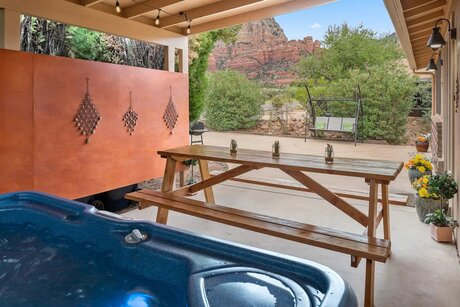 Sedona Airbnb With Hot Tub