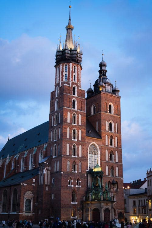 St. Mary's Basilica Krakow Sightseeing