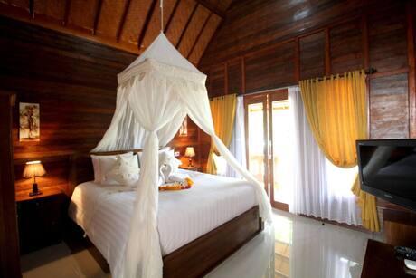 Best Honeymoon Hotel In Nusa Penida