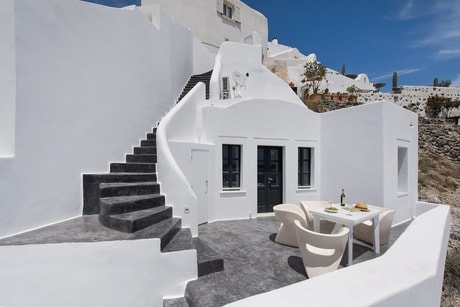 Accommodation in Santorini