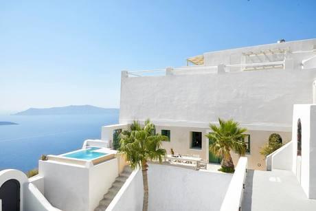Airbnb villas santorini