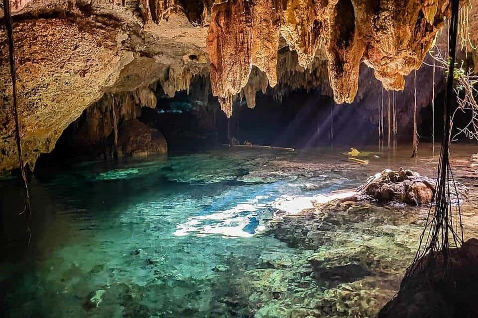 Riviera Maya Cenote Chaak Tun