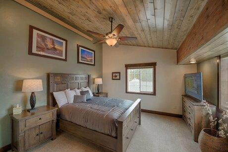 Best Hotels Near Yellowstone