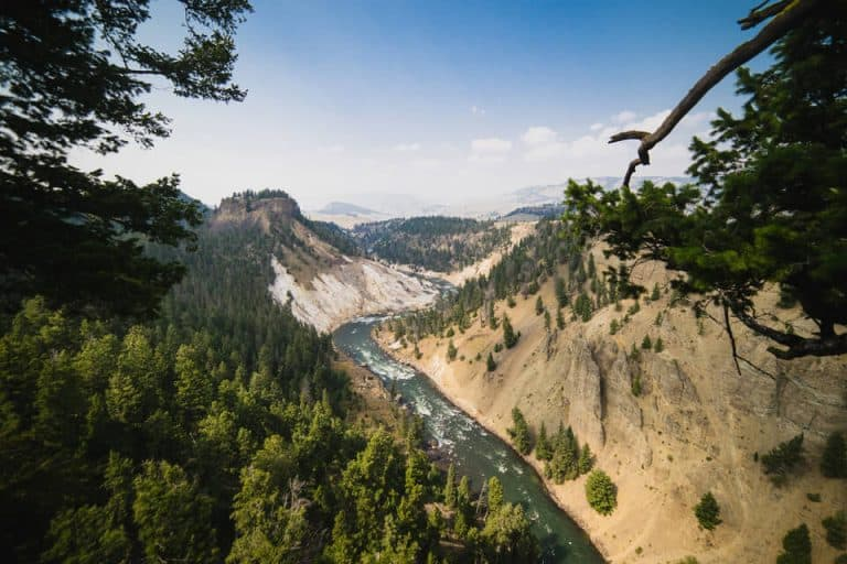 How Many Days To Spend In Yellowstone National Park?