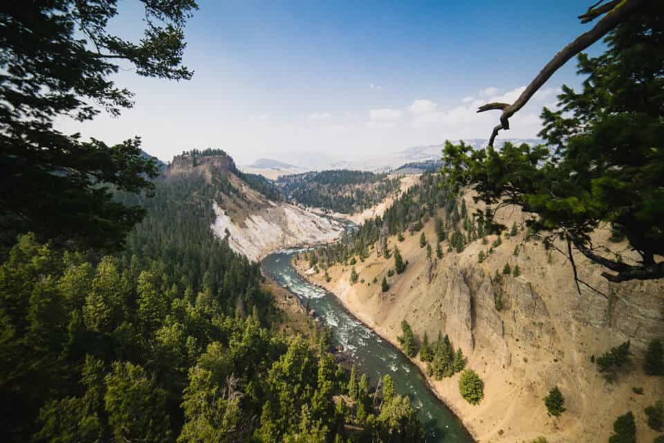 How many days to spend in Yellowstone Featured
