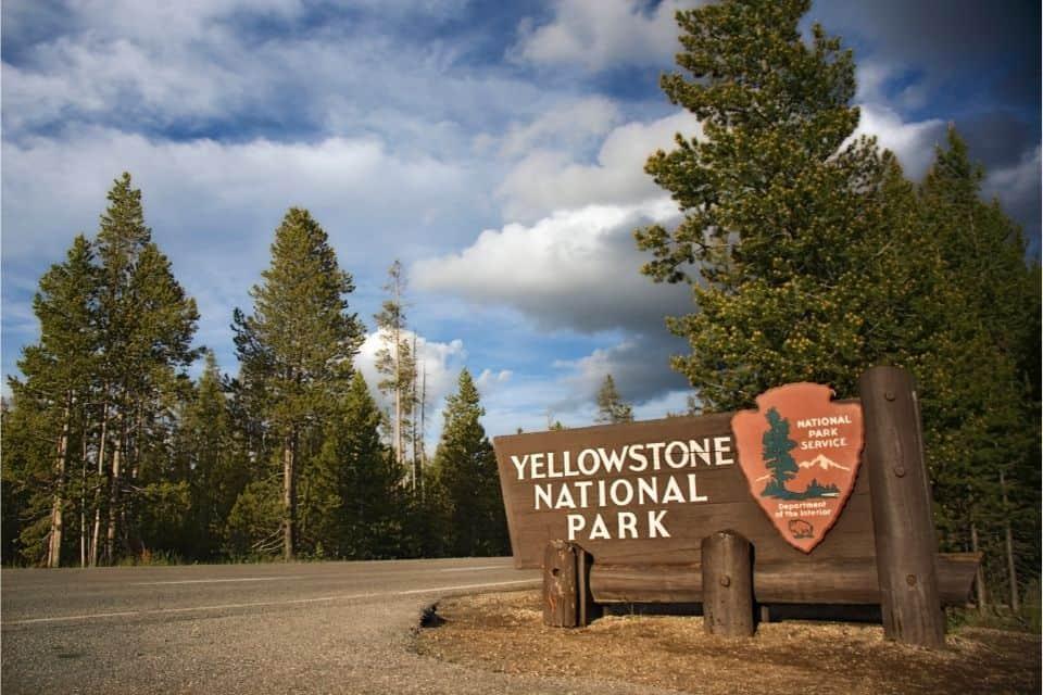 Yellowstone Airports