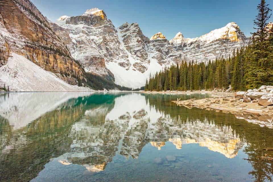 Moraine-Lake Canadian Landmark