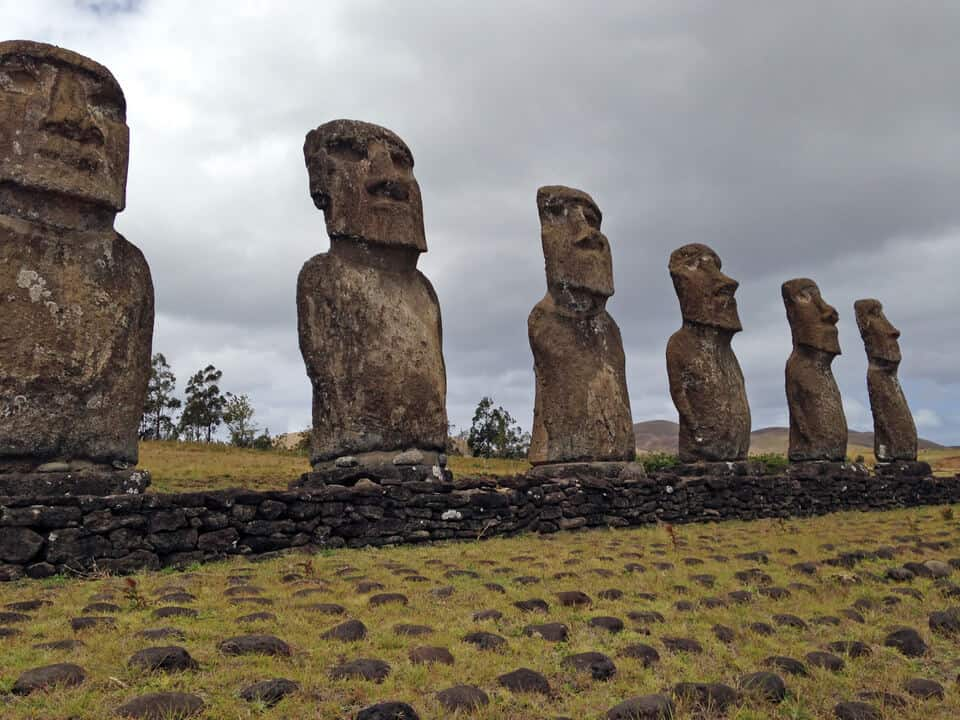 Moai-Easter-Island-Landmark South American