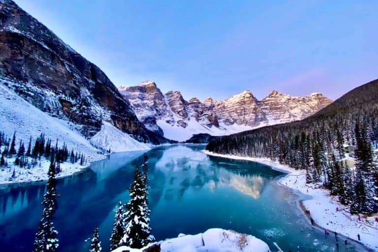 10 Gorgeous Airbnbs in Banff, Canada For Your Mountain Escape!