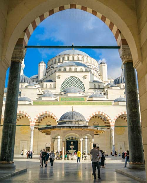 Camilica-Mosque-How-many-days-do-you-need-Istanbul