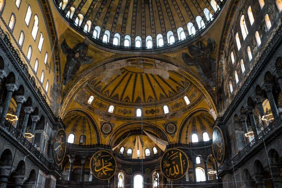 Hagia-Sophia-Best-things-to-do-in-Istanbul